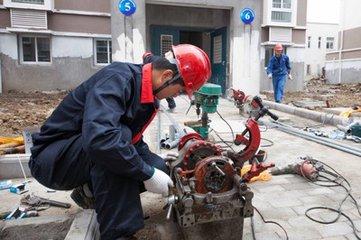 专业自来水供水管、太阳能上下水管、污水管、维修更换